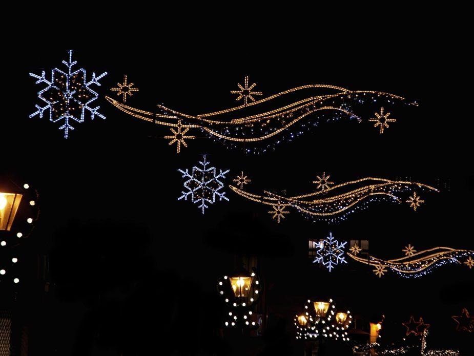 christmas-LIGHT-1115991_1920